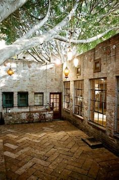 I will have a secret garden in my future house... this would be a great patio w/in it!