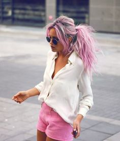 love this hair color, with the dark roots and pink/blondes