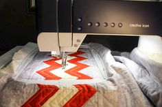 A simple way to create your very own quilting design. Read along here and see how the ImageStitch app can make create your very own quilting design. Quilt Festival, Creative Icon, Quilting Designs, App, Quilts, Sewing, Create, Projects, Pattern