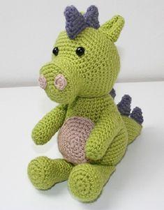 Český návod na háčkovaného draka – NÁVODY NA HÁČKOVÁNÍ Crochet Toys, Crochet Baby, Free Crochet, Knit Crochet, Crochet Dragon Pattern, Crochet Patterns, Monkey Pattern, Diy Toys, Lana