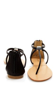 Bamboo Grayson 01 Black T-Strap Thong Sandals