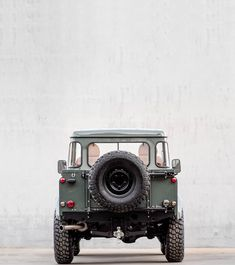 The CoolnVintage 1983 Land Rover Defender 'Petrol – offroad Defender 110, Land Rover Defender, Jeep Scout, Off Roaders, Best 4x4, Jeep Wrangler Unlimited, Toy Trucks, Range Rover, Land Cruiser