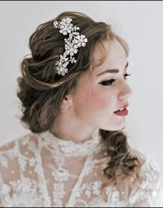 wedding-hairstyles-with-tiara-for-medium-length-hair