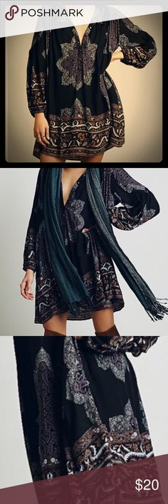 Paisley Boho Print Mini Dress/Tunic Top- M In EXCELLENT condition. Worn once.  M.                   Paisley Boho Print Mini Dress/Tunic Top.                  Can be worn as a mini peasant dress with boots or as a tunic too with leggings.                       Colors: Navy, black, cream.... Dresses Mini