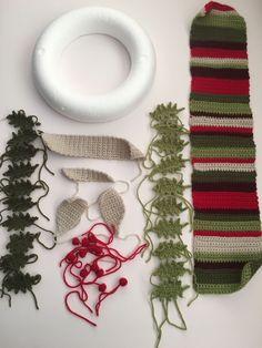 icu ~ Pin on Christmas Crochet ~ Crochet Holly pattern and photo tutorial Crochet Christmas Wreath, Crochet Wreath, Christmas Crochet Patterns, Xmas Wreaths, Christmas Knitting, Crochet Flowers, Handmade Christmas, Christmas Crafts, Christmas Decorations