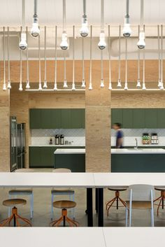 Evernote / Studio O+A  Another stunning interior by O+A.  Love the details in the lights fixtures.