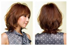 マリス ヘア オモテサンドウのミディアムヘア-サイド・バック Short Hair Cuts, Short Hair Styles, Hairstyle, Hair Ideas, Women, Fashion, Layered Haircuts, Haircuts, Women Short Hair