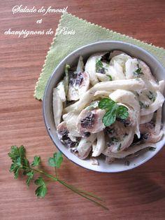 Salade de fenouil et champignons de Paris, sauce au yaourt persillée