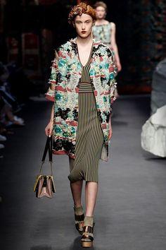 Sfilata Antonio Marras Milano - Collezioni Primavera Estate 2016 - Vogue