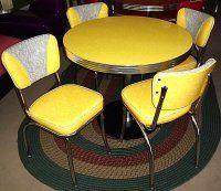 64 Ideas Kitchen Table Vintage Yellow For 2019 Retro Kitchen Tables, Diner Table, 70s Kitchen, Retro Table, Vintage Table, Vintage Kitchen, Vintage Decor, Vintage Furniture, Retro Vintage