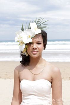 Silk&Saffron floral studio - photoshoot gallery. By Lara Simonsen. Tropical white orchid flower crown. #tropical flowers #beach wedding #white green orchids #melbourne