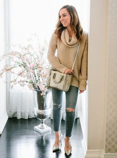 Cute and comfy outfit - Sydne Style Lucky 7  Kate Somerville Skincare  Giveaway Lucky 7 e4647bb51