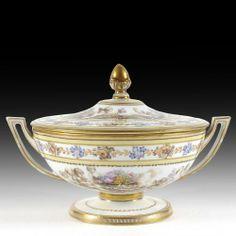 Légumière couverte en porcelaine de Meissen