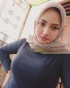 - Source by - Hijab Teen, Arab Girls Hijab, Muslim Girls, Beautiful Hijab Girl, Beautiful Blonde Girl, Beautiful Muslim Women, Casual Hijab Outfit, Hijab Chic, Hijabi Girl