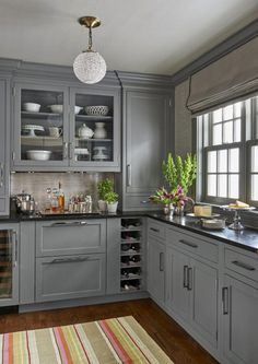 Kitchen with Black Countertops. 20 Kitchen with Black Countertops. 25 Black Countertops to Inspire Your Kitchen Renovation Black Kitchen Countertops, Refacing Kitchen Cabinets, Painting Kitchen Cabinets, Cabinet Refacing, Refinish Cabinets, Kitchen Backsplash, Cabinet Makeover, Cabinet Ideas, Cabinet Design