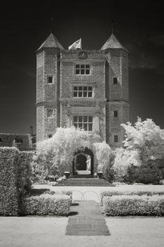 Infrared image of the Tower at Sissinghurst Castle Vita Sackville West, Gaudi, Monet, Lancaster, Sissinghurst Garden, Lenotre, Castle Pictures, Moving To The Uk, Famous Gardens