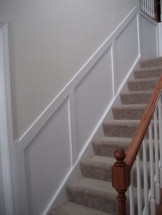 Very simple stairway wainscoting. Wainscoting and Picture Frame Molding Stairway Wainscoting, Picture Frame Wainscoting, Wainscoting Nursery, Painted Wainscoting, Wainscoting Bedroom, Dining Room Wainscoting, Wainscoting Panels, Picture Frame Molding, Wainscoting Ideas
