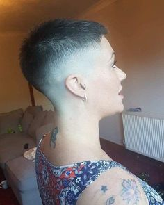 Smooth Subtle Fade - 30 Short Ombre Hair Options for Your Cropped Locks in 2019 - The Trending Hairstyle Short Shaved Hairstyles, Girls Short Haircuts, Short Hairstyles For Women, Trendy Hairstyles, Pixie Hairstyles, Really Short Hair, Short Hair Cuts, Short Hair Styles, Crop Haircut