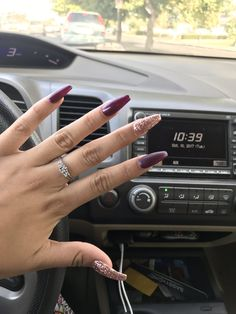 Acrylic Nails are artificial Nails. It's a popular Nail trend in Check out Acrylic Nails with designs, how to waer acrylic nails, shapes, color & Plum Nails, Glittery Nails, Gray Nails, Fall Acrylic Nails, Acrylic Nail Art, Acrylic Nail Designs, Burgundy Acrylic Nails, Classy Nails, Simple Nails