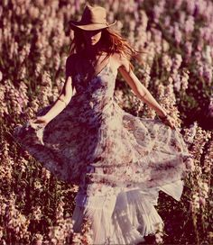 Meadow romp. #Floral #Dress #Hat #Country