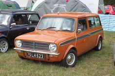 Mini Clubman Estate   Flickr - Photo Sharing! Mini Countryman, Mini Clubman, Retro Cars, Vintage Cars, Classic Mini, Classic Cars, Mini Copper, Drag, Mini Me
