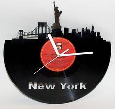 New York Wall Vinyl Clock NY NYC Wall decor Record Clock Unique Creative Gift Vinyl Record Crafts, Vinyl Record Clock, Record Art, Vinyl Records, Upcycling Projects, Repurposing, Clock Art, Wall Clocks, Wall Vinyl