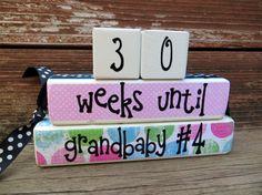 Le compte à rebours bébé bloque un grand-parent à rebours nouveau bébé