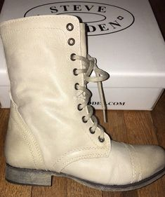 5e1086dcd8b Steve Madden Womens Troopa Leather ZIP Lace Distressed Combat Boots.Size  7.5.