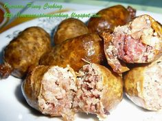 Longganisa are popular Pinoy breakfast, there are various versions that defends on regional location. Vigan and Lucban longganisa are garlicky. Filipino Dishes, Filipino Recipes, Filipino Food, Seafood Recipes, Snack Recipes, Cooking Recipes, Snacks, Longanisa Recipe, Pinoy Breakfast