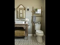 Bathroom Shelves Over Toilet, Floating Shelves Bathroom, Small Bathroom Storage, Bathroom Design Small, Bathroom Interior Design, Bathroom Organization, Bathroom Ideas, Tiny Apartment Decorating, Guest Bathrooms