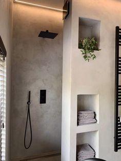 Minimalist Bathroom Design, Bathroom Design Luxury, Home Interior Design, Bathroom Renos, Small Bathroom, Appartement Design, Concrete Bathroom, Rustic Bathrooms, Bathroom Styling