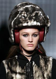 fur-helmet.jpg (300×420)