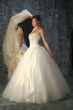 Wedding dress Sonia