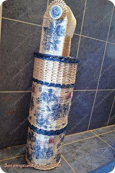 Поделка изделие Декупаж Плетение Напольный держатель для туалетной бумаги №2 Картон Салфетки Трубочки бумажные фото 1