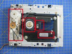 Proyectos DIY para reciclar un lector de CD/DVD - Ikkaro Electronics Gadgets, Electronics Projects, Dc Circuit, Robot Art, Diy, Technology, Disco Duro, Design, Posters
