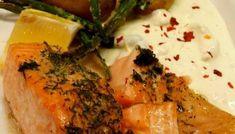 Lax med mandelpotatis och fetaostsås