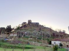 HELDER BARROS Sistema Solar, Monument Valley, Nature, Travel, Red Cross, Religious Art, Castle, Tourism, Solar System
