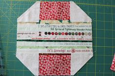 Latest Photographs sewing hacks heart Ideas Awesome 20 Sewing tutorials projects are available on our internet site. Have a look and you wont Diy Fabric Pouches, Quilt Tutorials, Sewing Tutorials, Leftover Fabric, Sewing Hacks, Sewing Tips, Love Sewing, Sewing Projects For Beginners, Pattern Blocks