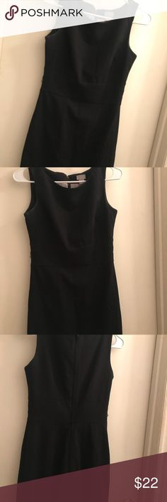 H&M Black Fitted Dress Cute sophisticated dress. Great for graduation or formal events. We'll be washed and be clean with a lint roller. Has a zipper on the back. There are belt loops one of them is threading off. H&M Dresses Midi