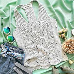 Knitting Charts, Hand Knitting, Knitting Needles, Crochet Jacket, Knit Crochet, Knitting Patterns, Crochet Patterns, Knitted Gloves, Crochet Fashion