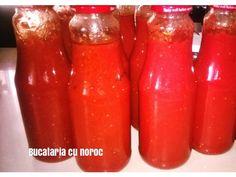 Suc de rosii natural si fara conservanti - Bucataria cu noroc Noroc, Hot Sauce Bottles