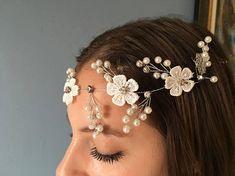 Couronne de fleurs et perles mariage cérémonie