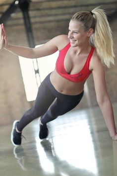 Sport Motivation, Fitness Motivation, Exercise Motivation, Upper Body Workout Plan, Workout Plans, Thing 1, Easy Workouts, Push Up, Health And Wellness