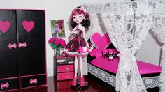 How to make a bed for Monster High Draculaura & Cleo de Nile (or Barbie)...