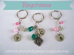 Diy jewelry to sell key chains 44 Super ideas - Tattoo Crafts - Garden Decor DIY - DIY Bathroom Ideas - Formal Hairstyles - DIY Jewelry To Sell How To Make Keychains, Diy Keychain, How To Make Beads, Diy Jewelry To Sell, Jewelry Making, Bead Crafts, Jewelry Crafts, Diy Crafts, Creative Crafts