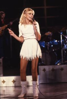 Olivia Newton John Young, Hollywood Night, Classic Hollywood, John Travolta, Hottest 100, Janis Joplin, Sexy Boots, Celebs, Celebrities