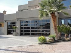 Martin Garage Doors of Nevada offers sales, repair and maintenance of residential and commercial garage doors. Contemporary Garage Doors, Modern Garage Doors, Residential Garage Doors, Garage Door Styles, Martin Garage Doors, Glass Garage Door, Garage Door Repair, Glass Door, Roll Up Doors