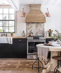Loving your #cottagehouseflip @jennasuedesign and thanks for tagging #beckiowensfeature! We love seeing them. Also this weeks favorites are up on Beckiowens.com.