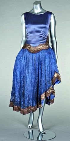 1920's fashion for the rest of us!  Lanvin Dress 1923-1927