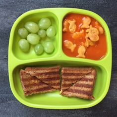 Toddler meals 463800461626733615 - Joey and Anthony's FAVORITE dinner. I think the Goldfish help… Source by siguiera Yummy Recipes, Baby Food Recipes, Snack Recipes, Healthy Recipes, Healthy Toddler Meals, Toddler Lunches, Healthy Snacks, Toddler Food, Toddler Breakfast Ideas